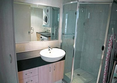 Renovated Apartment 3 Bathroom